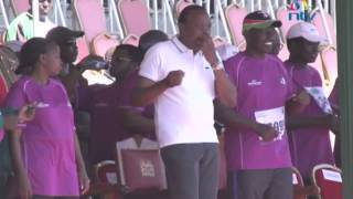 President Uhuru Kenyatta Dances to Sauti Sol