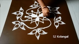 Video Easy rangoli designs with 7 -4 Interlaced dots | simple kolam designs | chukkala muggulu designs download MP3, 3GP, MP4, WEBM, AVI, FLV April 2018