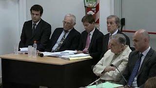 """Argentina condena a dos exdirectivos de Ford por colaborar con la """"guerra sucia"""" de la dictadura"""