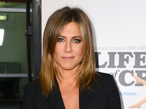 Jennifer Aniston Turns to