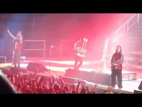 Five Finger Death Punch - Intro/Bad Company (Live) - 10/9/15 [HD] mp3