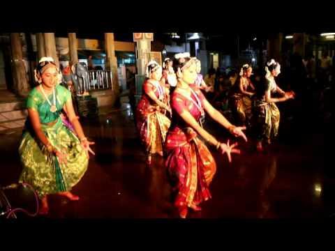 Papanasam Sivan's Kapaleeswarar Pancharatnam / Srekala Bharat's Dance Students
