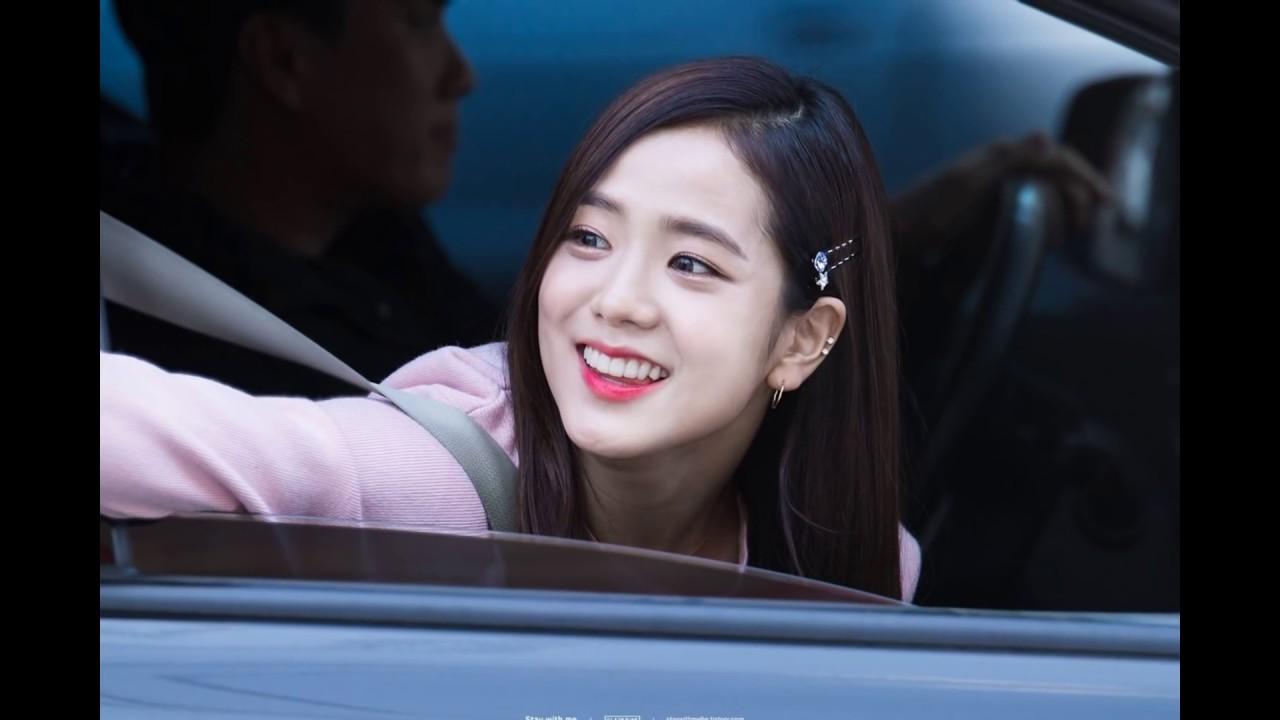 170212] BLACKPINK✿블랙 핑크 #Jisoo cute in the car - YouTube