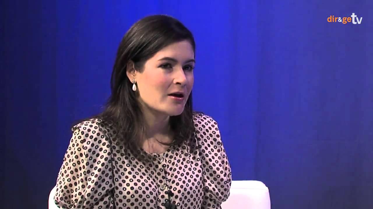 Entrevista a valeria dom nguez directora ecommerce de for Adolfo dominguez hijas