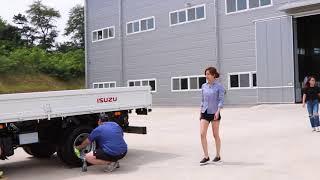 이스즈 엘프 트럭 브로…