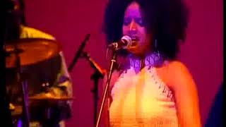 Ejigayehu Shibabaw (Gigi)'s amazing live performance.