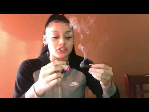 HOW TO ROLL A BACKWOODS . ICV ENTERTAINMENT.