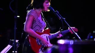 Norah Jones - Simply Beautiful [Live]