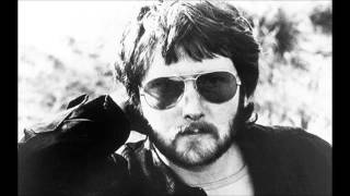 Watch Gerry Rafferty Long Way Round video