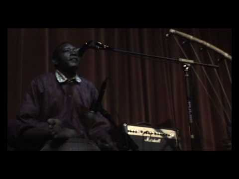 Download Mamane Barka (live at The Smugglers Sessions) 13-11-10 Part 1 of 2