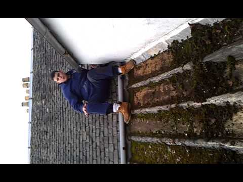 Funny Angry Scottish Guy On A Roof Harry S Quality Roof