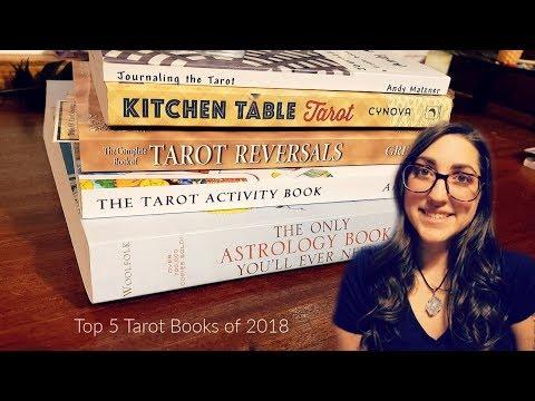 My TOP 5 Tarot Books of 2018 // 31 Days of Tarot - Day 4