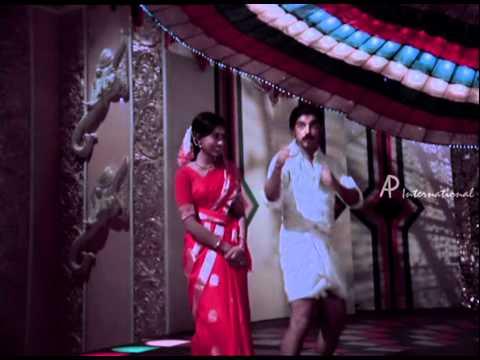 Sakalakala Vallavan | Tamil Movie | Scenes | Clips | Comedy | New year - Elamai Etho Etho Song - Bit