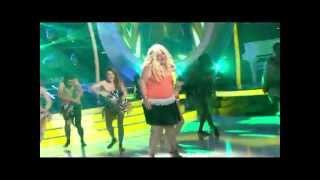 Pelin Öztekin - Shakira / Waka Waka Taklidi - Benzemez Kimse Sana