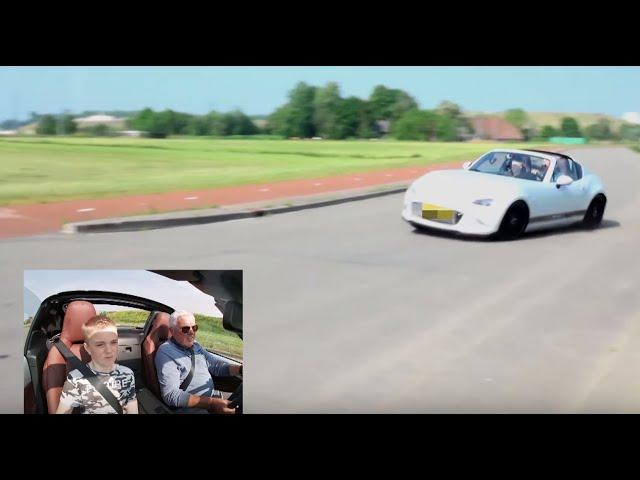 Rappe Rick in een Mazda MX5: 'Het is net een kart!' - Dikke Bakken (3)