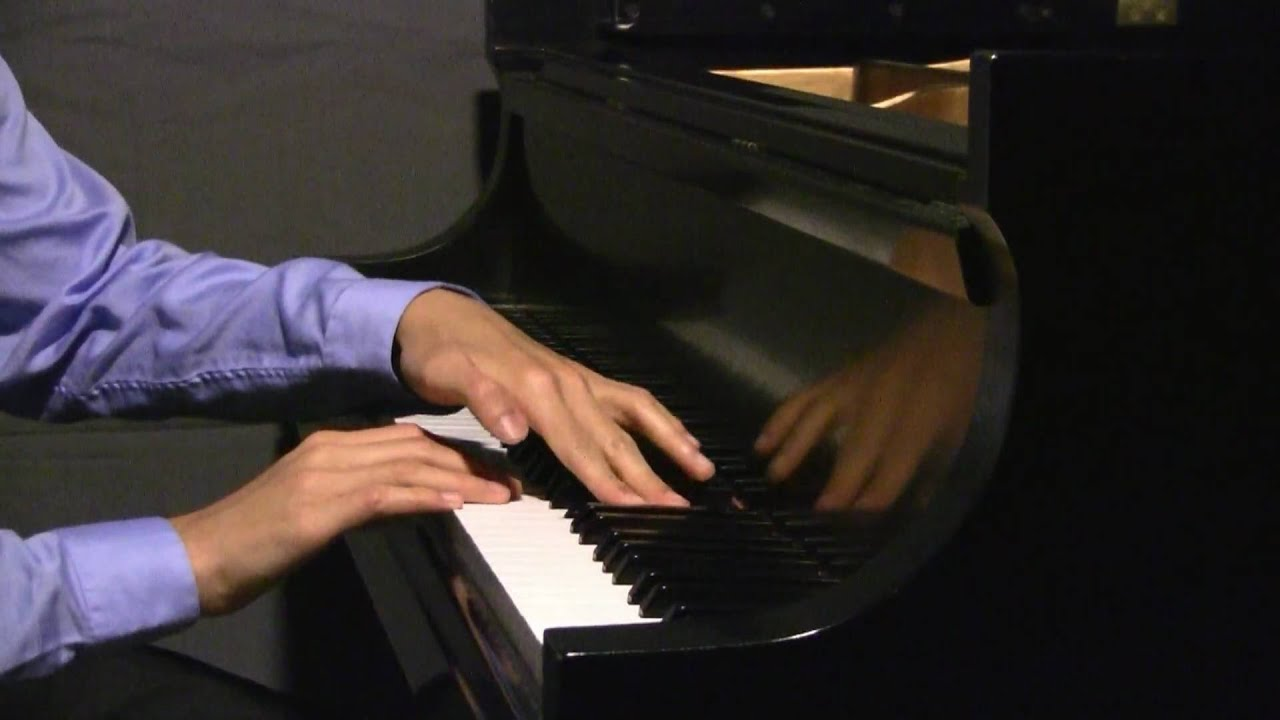 Prelude & Fugue No. 21 in Bb Major, BWV 866, by JS Bach - Evan Chow, pianist - Prelude & Fugue No. 21 in Bb Major, BWV 866, by Johann Sebastian Bach. Played by pianist Evan Chow, age 16, on May 9, 2010.