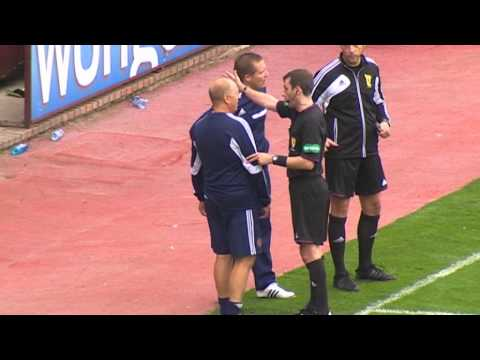 Derek McInnes and Billy Brown sent off after furious exchange, 24/08/2013