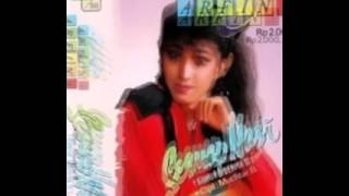 Gambar cover GAUN KENANGAN EVIE TAMALA(UTJE ARFINA)