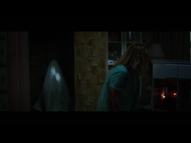 後ろ後ろ!『アナベル 死霊人形の誕生』恐怖シーン