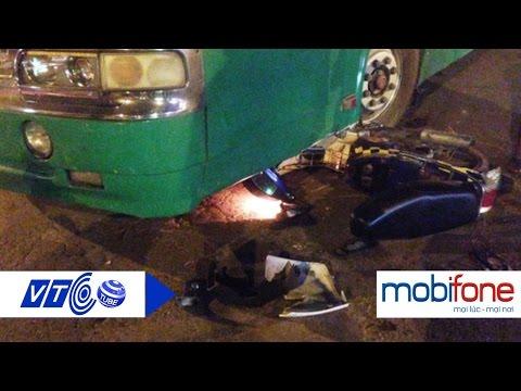 Hai cô gái trẻ hoát chết dưới bánh xe buýt   VTC