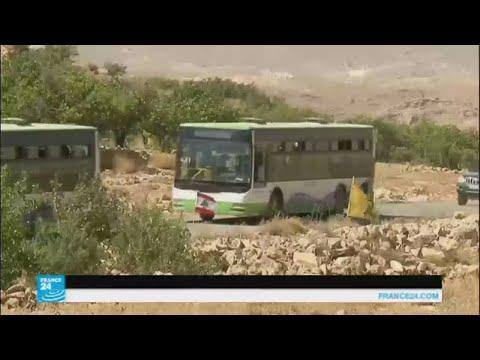 وصول مئات المقاتلين واللاجئين من عرسال إلى الأراضي السورية  - 11:22-2017 / 8 / 15