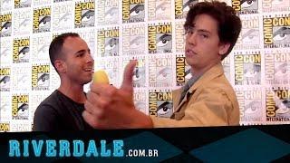 Cole Sprouse fala sobre Jughead & Riverdale na Comic-Con 2016 | Legendado