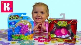 Мышка и черепашка на батарейках распаковка игрушек играем RoboTurtle Amazing Zhu toys unboxing