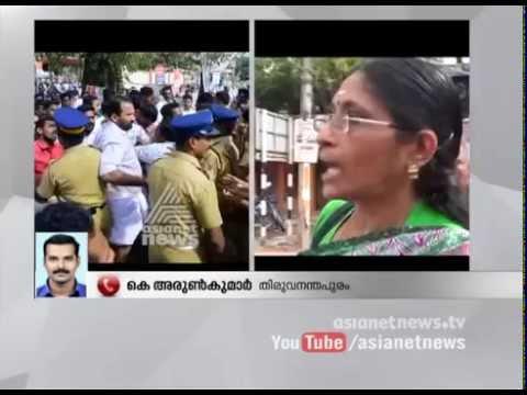 Violence mars hartal in  Nedumangad  and Kazhakoottam