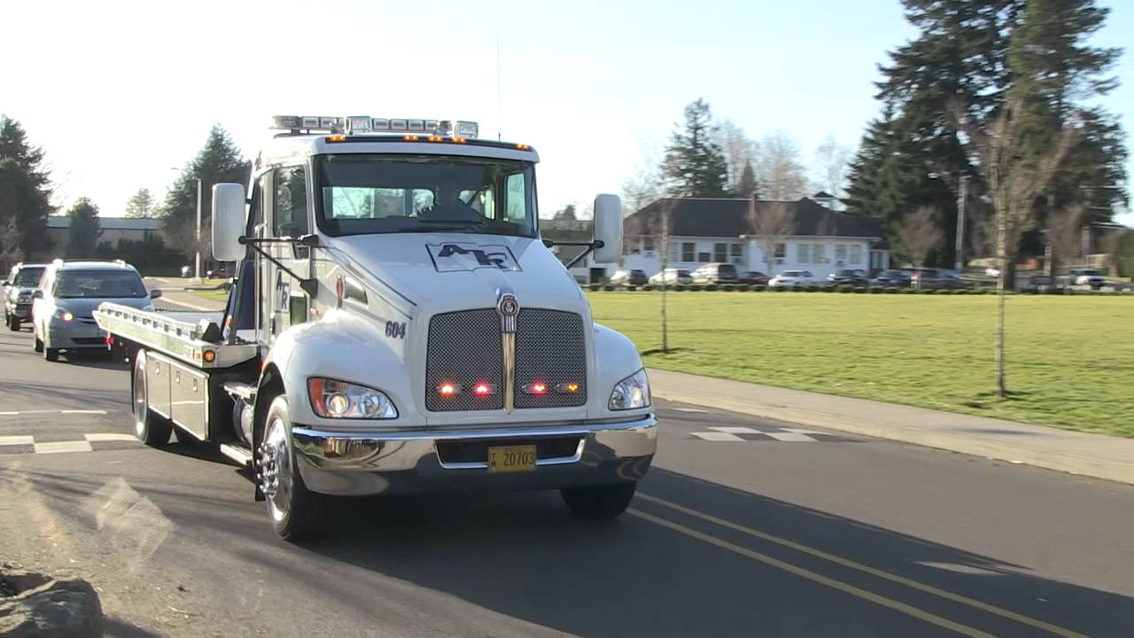 Anderson towing flatbed wrecker