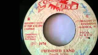 THE NAIROBH SISTERS + THE GAYTONES - Promised land + version (1974 Gay feet)