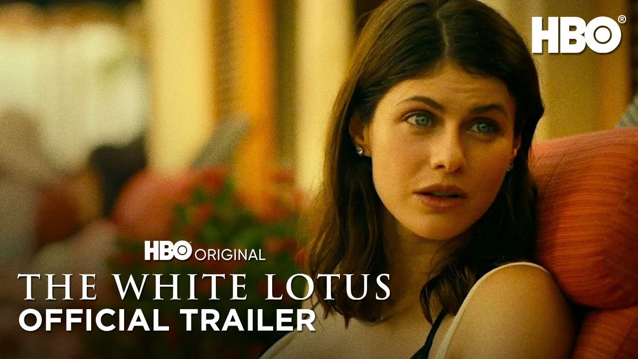 Alexandra Daddario in The White Lotus HBO trailers op Streamz