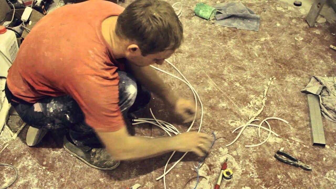 Как сделать прокладку проводки в подвесном потолке из гипсокартона