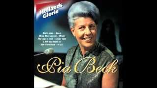 Pia Beck - Dear old Stockholm (Audio)