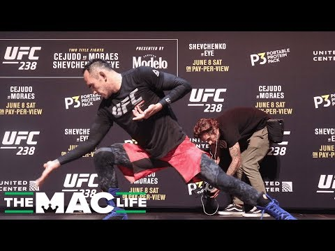 Tony Ferguson the type of guy to return with a killer open workout | UFC 238 Open Workout Highlights
