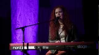 Sarah Kelly - Living  Hallelujah