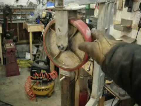 DIY homemade scrap metal english wheel that works... almost