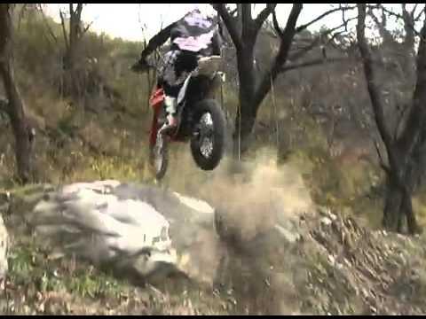 Honda Trx 700xx vs Kawasaki Kfx450r Part 1 from YouTube · Duration:  17 seconds