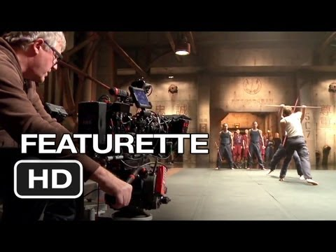 Pacific Rim Featurette - Under Attack (2013) - Guillermo del Toro Movie HD