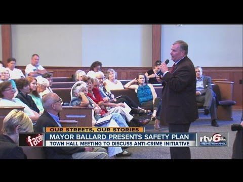 Mayor Holds Town Hall Meeting To Discuss Anti-crime Initiative