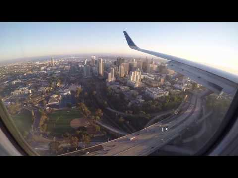 Sunset landing at Lindbergh Field, San Diego International Airport (SAN)