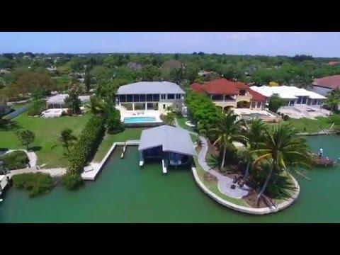 Contemporary Waterfront Home in Nokomis, Florida