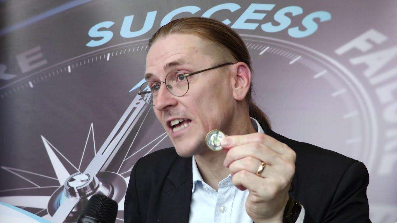 Kết quả hình ảnh cho Mikko Hypponen