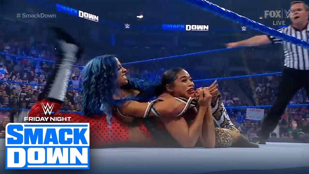 Sasha Banks turns on Bianca Belair after tag team victory | FRIDAY NIGHT SMACKDOWN | WWE ON FOX