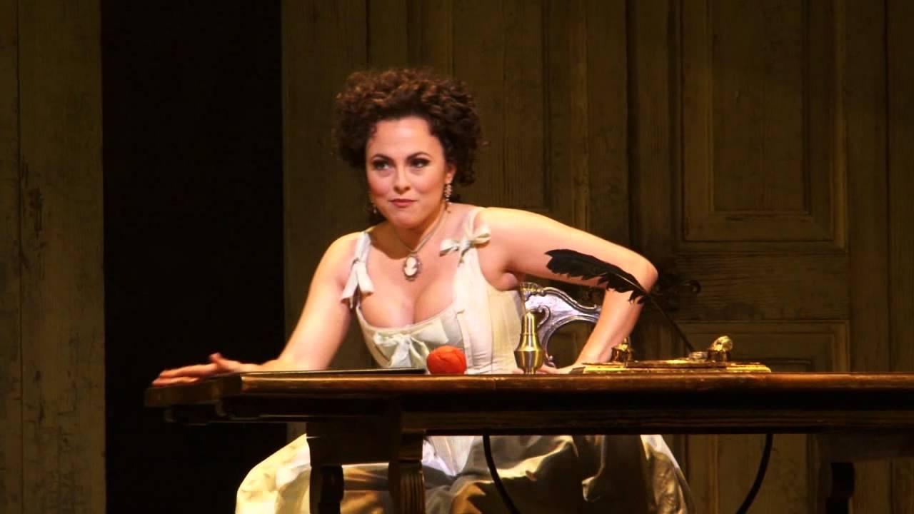 """The Barber of Seville: """"I'm sweet and gentle"""" -- Isabel Leonard (Met Opera)"""