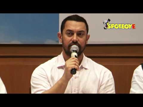 Aamir Khan applauds Nana Patekar