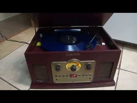 684 Craig 5 in 1  turntable + radio + CD player + tape player SOUND