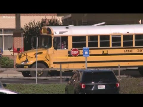Noticias Nacionales - 13-Year-Old Boy Stabs Teacher with Butcher Knife at Georgia Middle School