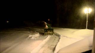 5 Foot Texas Woman Wrestles 300 # Snow Machine Into Submission!