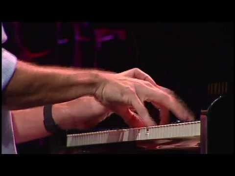 Roberto Menescal | Bye Bye Brasil (Roberto Menescal e Chico Buarque) | Instrumental SESC Brasil