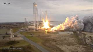 Antares launches with OA-8 Cygnus
